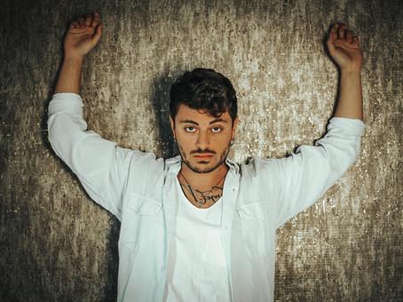 """Intervista a Virginio, ci presenta il suo singolo""""Rimani"""": """"E' un grido di libertà"""""""