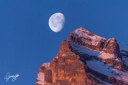 Moon and Pelmo