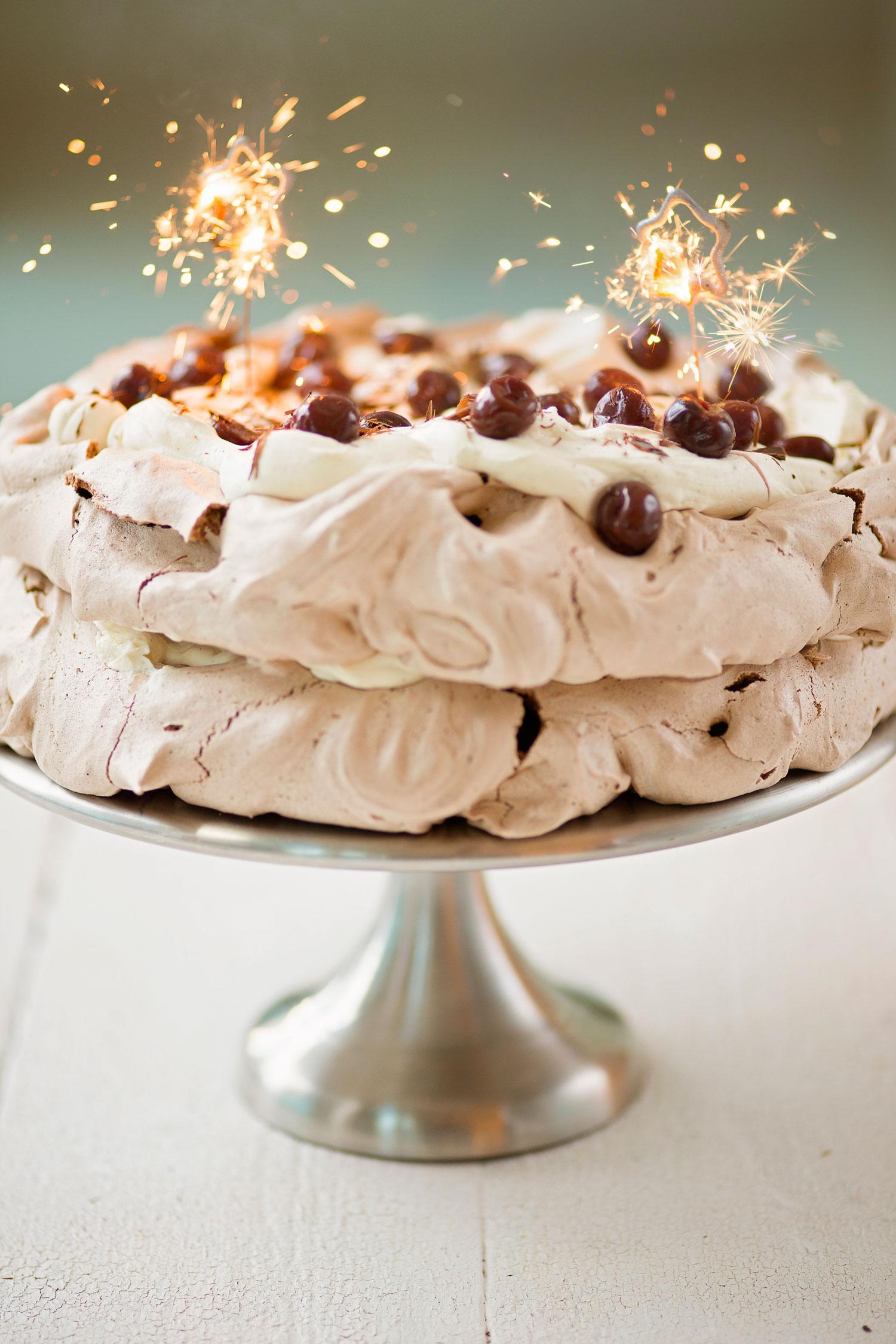 Two-tier-pavlova-cake copy
