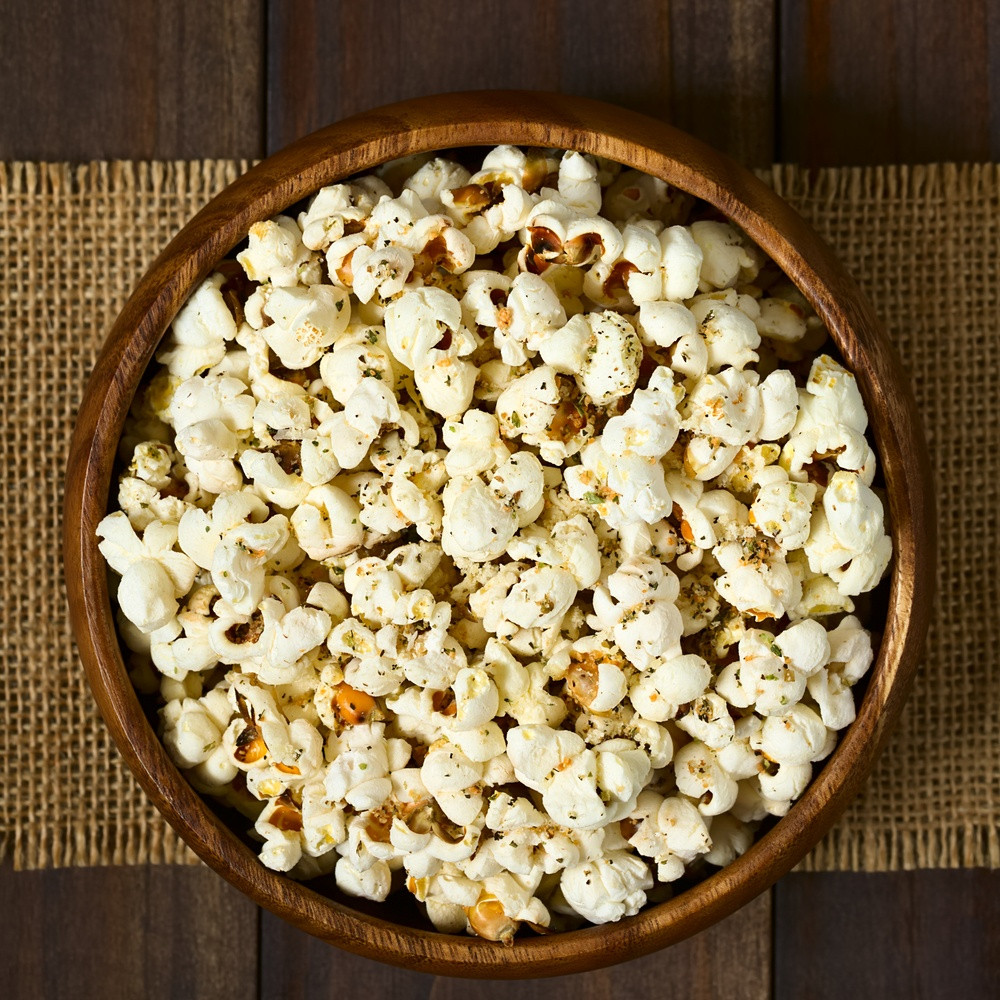 Oil-Free, Low-Sodium Popcorn