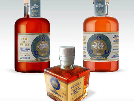 The Ambassador´s Cask Selection (44,7 %), Lowland Orchard (60,3 %) und The Panaceum (62,2 %)
