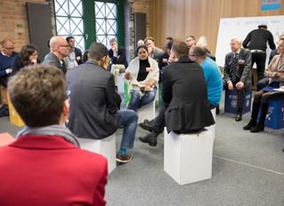 Bohnen moderiert beim Berlin Global Forum 2017 der BMW-Stiftung