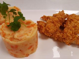 Aiguillettes de poulet panées aux cornflakes et Stoemp (purée) aux carottes
