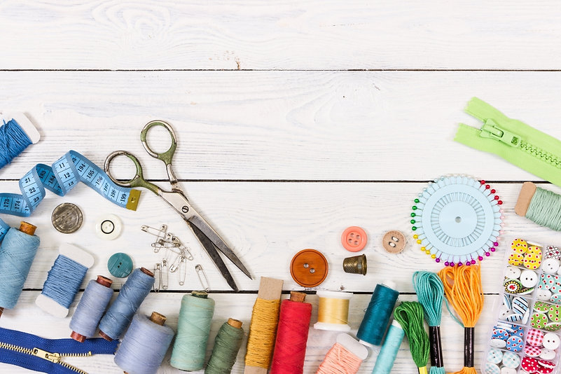 Tools-and-accessories-for-sewing-e155488