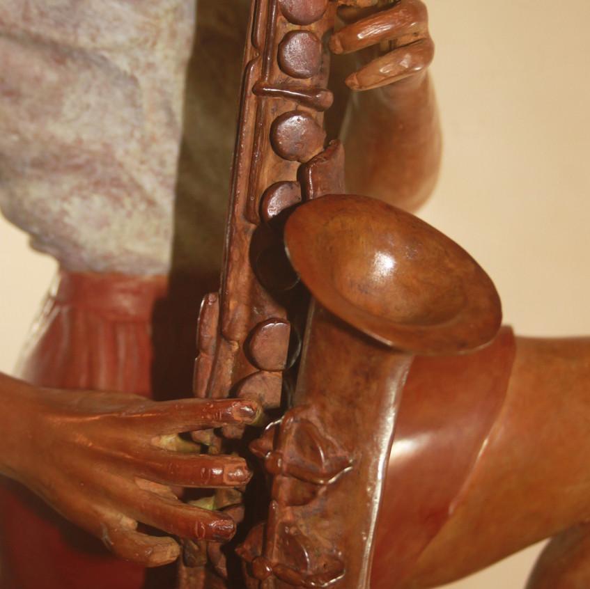 Saxophoniste/détail/saxophone