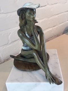 Marie bronze de Rémi Coudrain s'expose à Art Fair Cheltenham Racecourse 2019