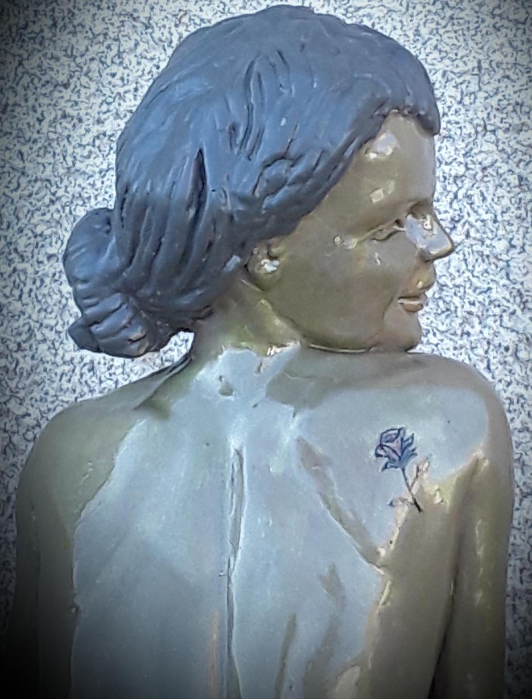 Sculpture figurative femme