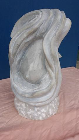 Sculpture symbolique sein