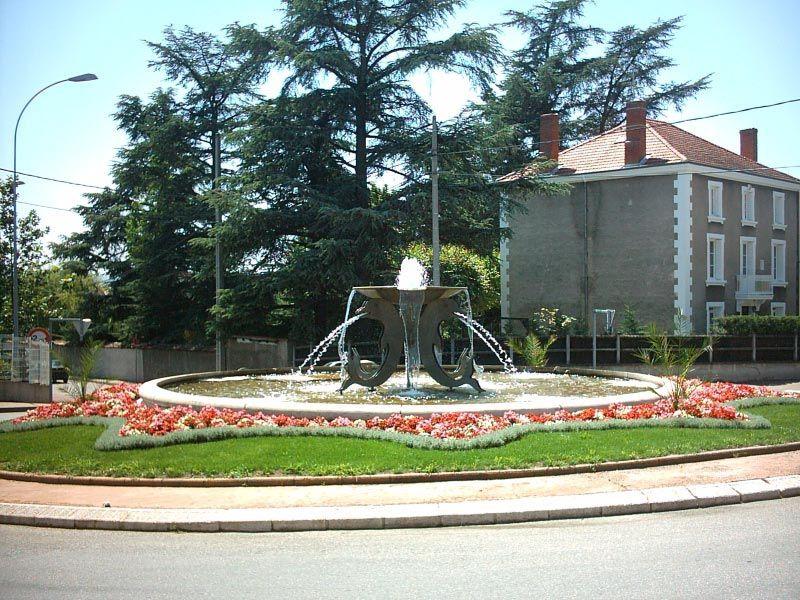 Fontaine des Dauphins/Andrézieux-Bouthéon