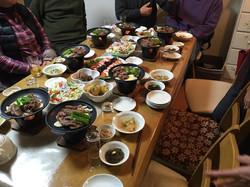 共同調理でつくる夕食の1例です