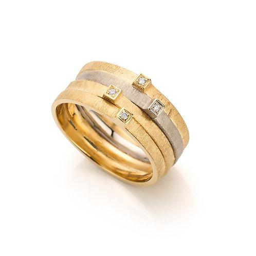 Ring in 18 kt goud