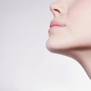 Lifting de hilo facial