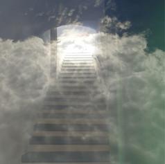 ja treppe mit wolke.jpg