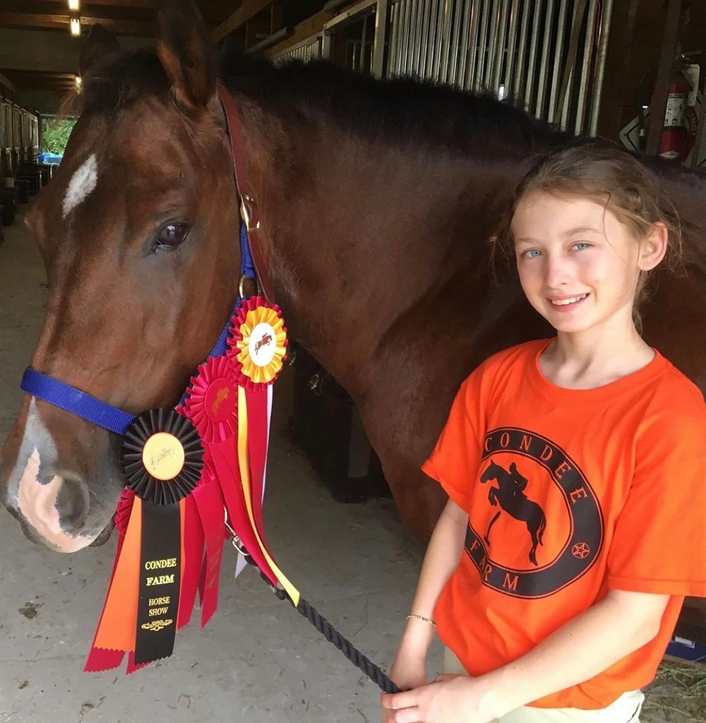 Strong Current Stables riders had a great time at Condee Farm's Halloween show! Kali and Petunia experienced their first horseshow with a little help from Dixie and Cookie. Everyone had a great day, cute costumes and great rides. Kali was champion of walk trot and Petunia was reserve champion in a competitive walk trot crossrail division. After the show, everyone enjoyed a delicious lunch and some Halloween games! Looking forward to December's Holiday show on the 21st.