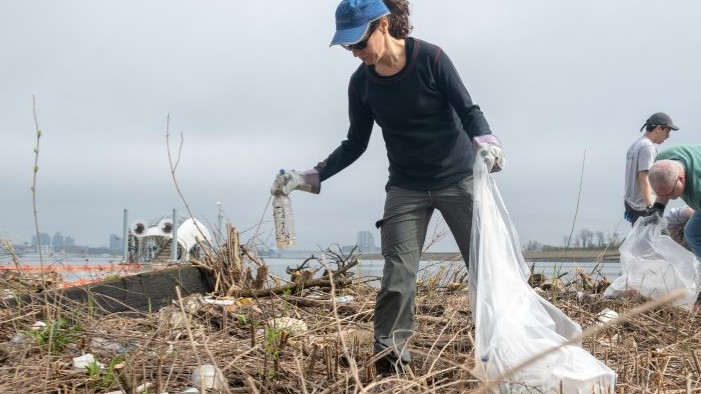 International Coastal Cleanup at Masonville Cove (AM Session)