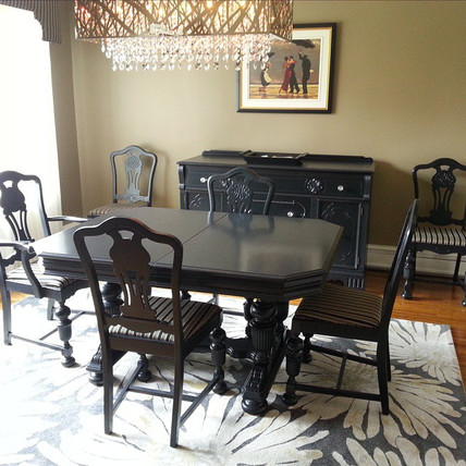 Black Dining Set.jpg