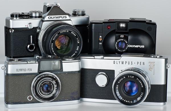 Le fotocamere di Maitani, la Pen, Pen F, la OM e la XA2