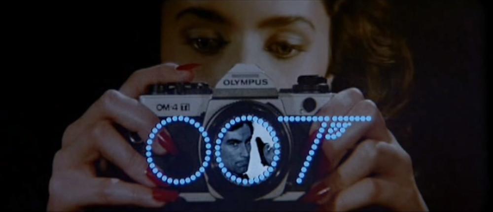 Una OM4 appare nei titoli di testa di Licence to Kill, film di 007 con Timoty Dalton del 1989