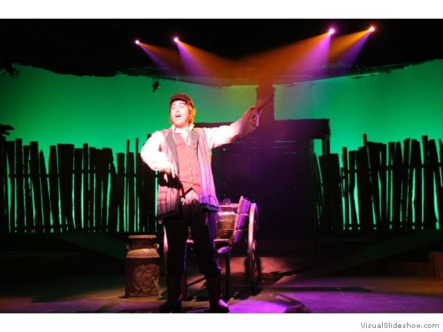 fiddler_on_the_roof_08_(320)