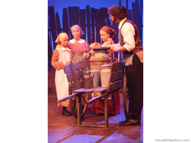 fiddler_on_the_roof_08_(215)