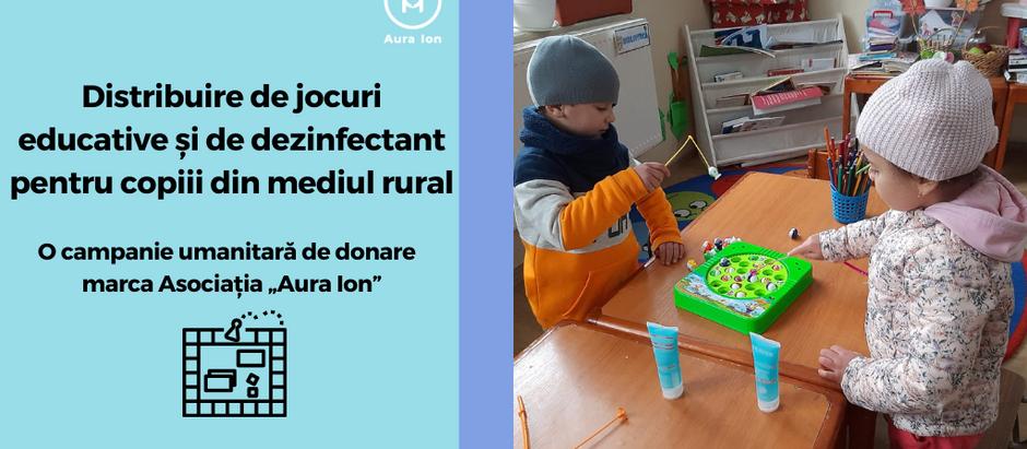 Distribuire de jocuri educative și dezinfectant pentru școli din mediul rural