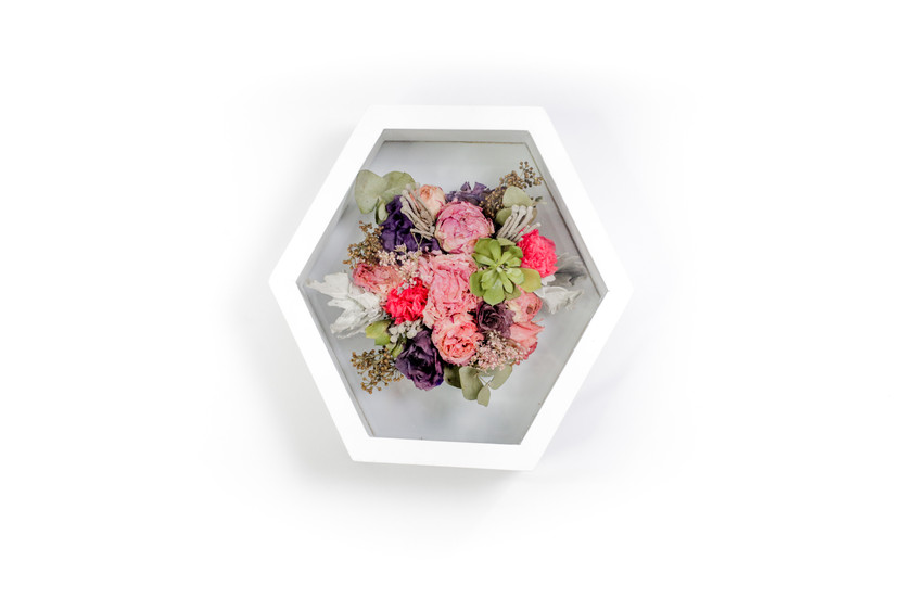 Preserved Flowers in Honeycomb