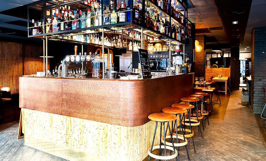 bar à cocktail restaurant branché reims.