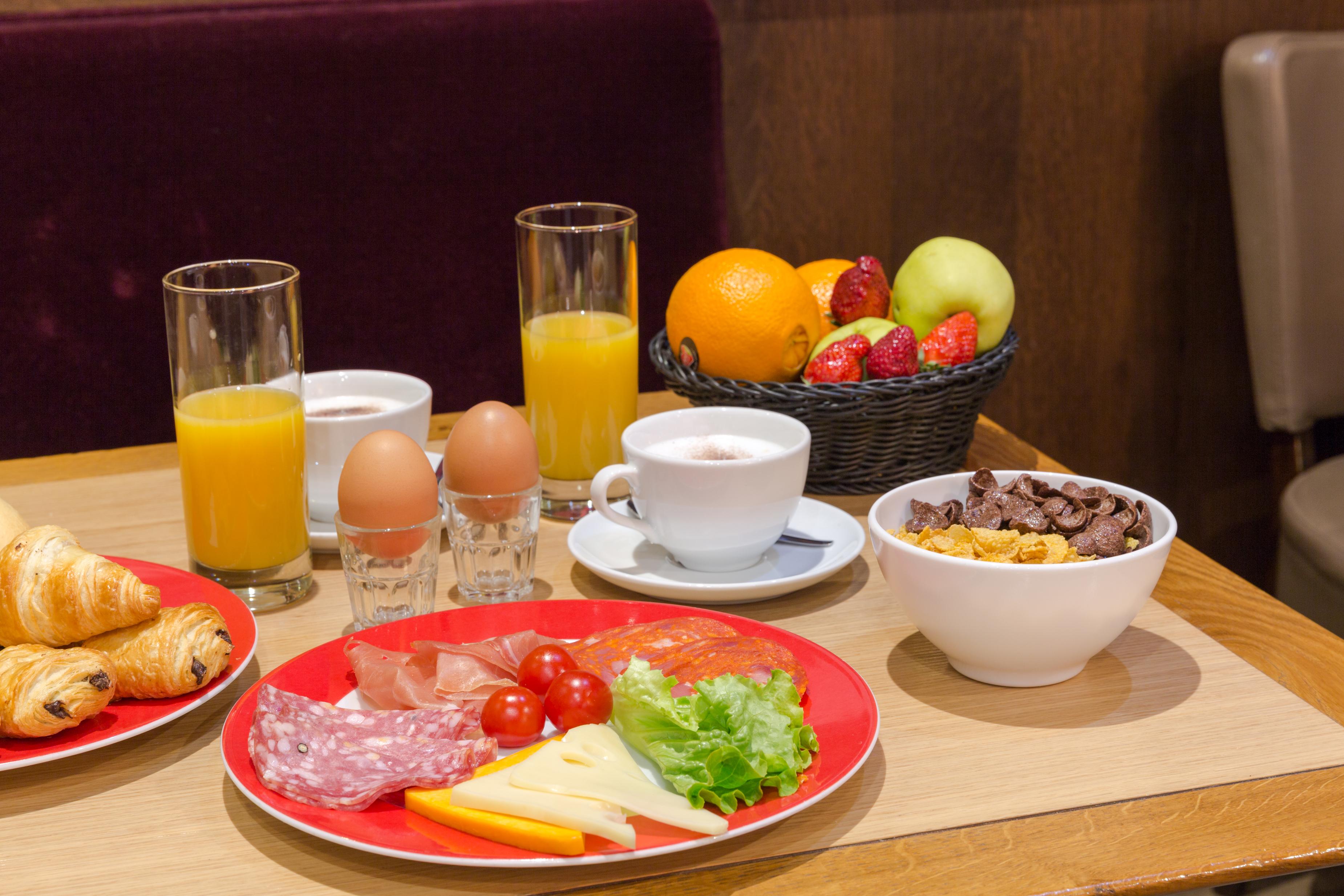 Hotel Bristol Reims   Petit déjeuner