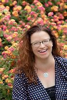 Melanie Hooks_medium color Profile Pic.jpg
