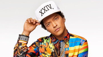 Stevie Wonder Doesn't Think Bruno Mars Is a Cultural Appropriator; Says 'God Created Music for Every