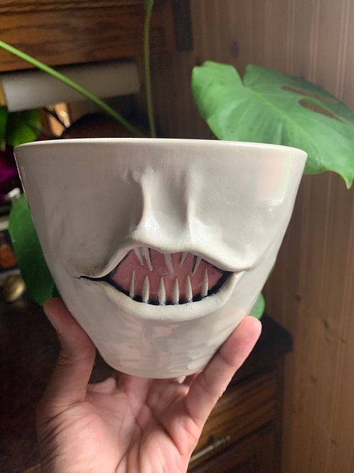 Matte monster planter