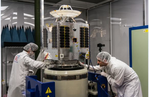 SSL smallsat for Telesat is now at launch base