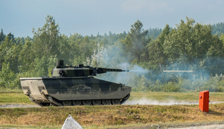 The Rheinmetall Lynx – a powerful and versatile cat of prey, springing into action in the contest to be the Czech Army's new IFV