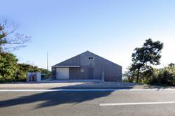 倉庫のような住宅-uwaumi-warehouse0101