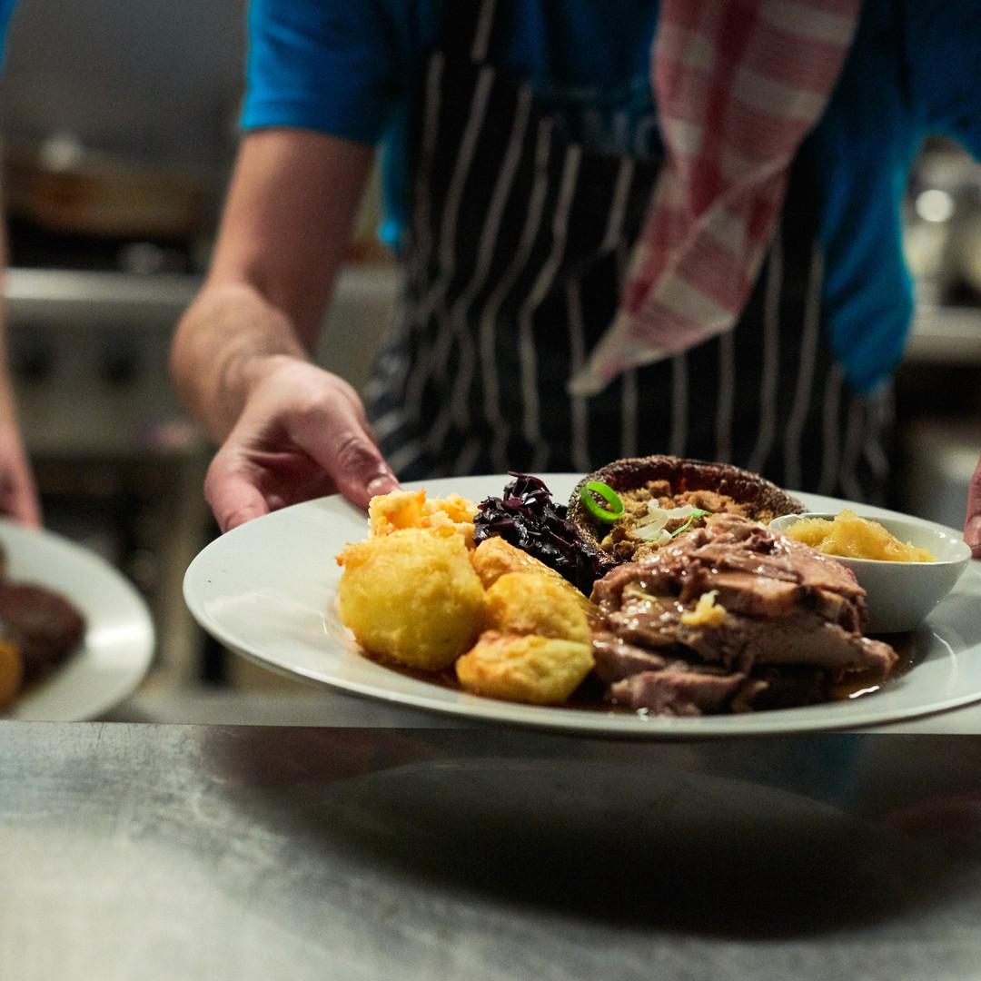 Únase a nuestro clásico Sunday Roast