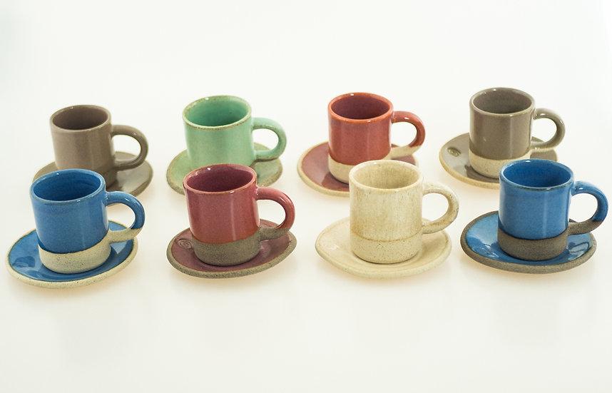 Set 8 Espresso Cups & Plates