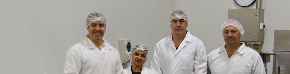 Proform-Foods-technicians-at-Mount-Kurin