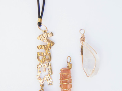 VIBES Necklace(Customize your crystal)