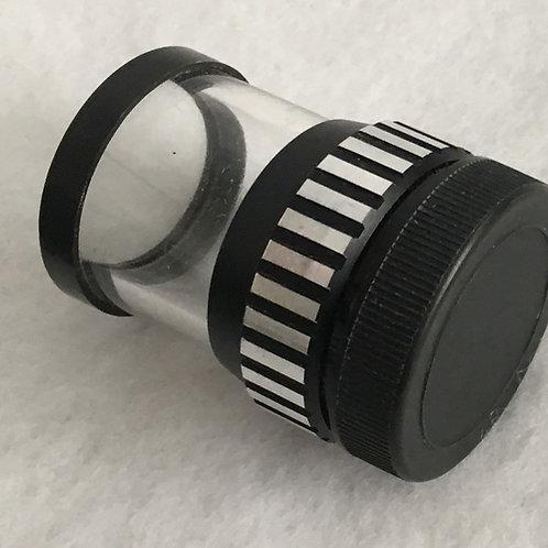 Peak Scale magnifier