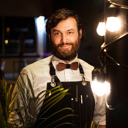 Dan Draper, bar manager