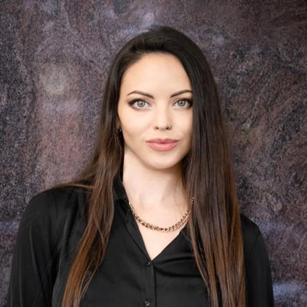 Danielle Pingert, bar manager