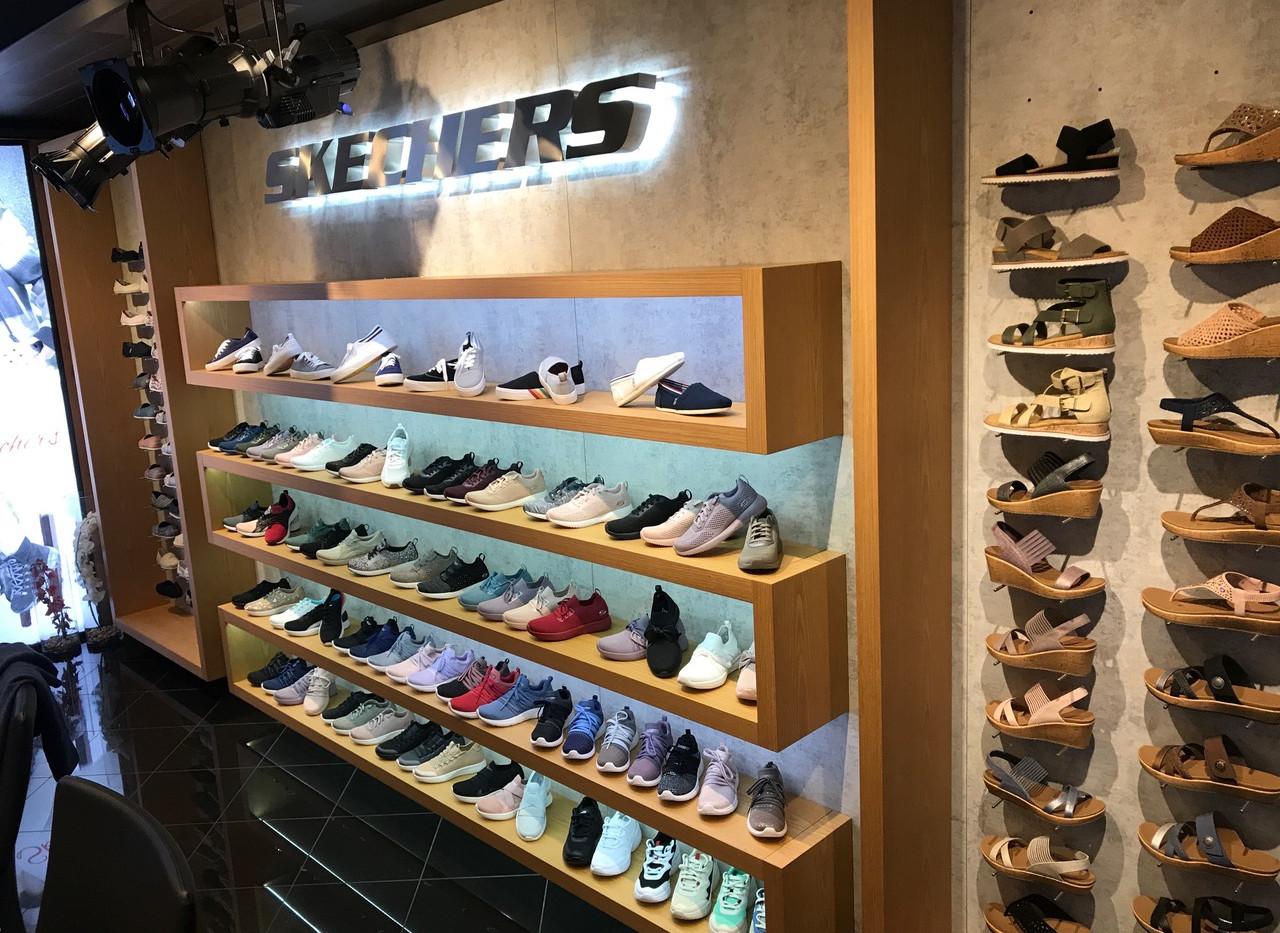 Skechers Showroom