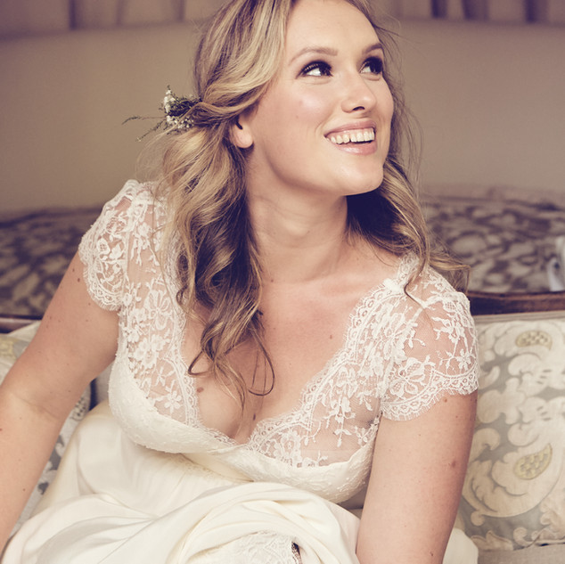 Side Parting Bridal Hairstyles | Wedding Hair and Makeup.