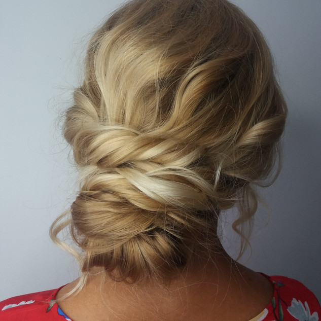 Relaxed Boho Hairstyling for Brides to Be | Wedding Hairstyling Team.