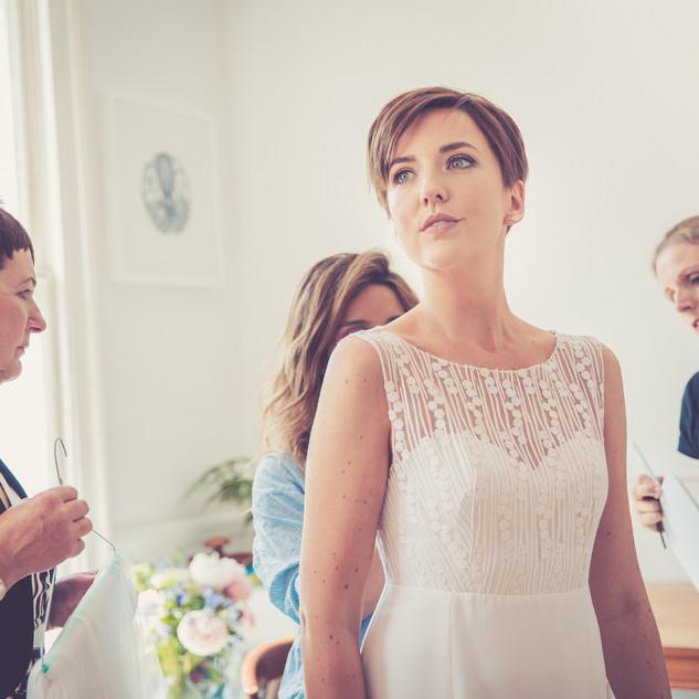 Pixie Wedding Hairstyle | Short Hairstyles for Brides to Be | Amanda White
