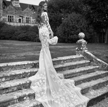 Statement Bridal Hair and Makeup | Oxford Professional Hair and Makeup Artist | Amanda White.