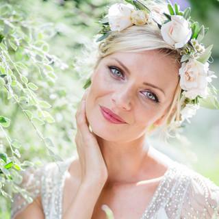 Surrey bridal hairstylist and makeup artist | Amanda White