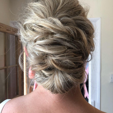 Mother of The Bride Hair and Makeup | Oxford Bridal Ideas | Amanda White