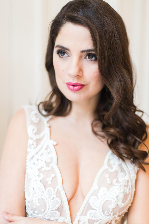 Glamorous wedding makeup artist | Luxury wedding makeup artist Amanda White.