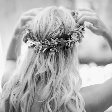 Beach Waved Hairstyling | Flower Crown | Amanda White